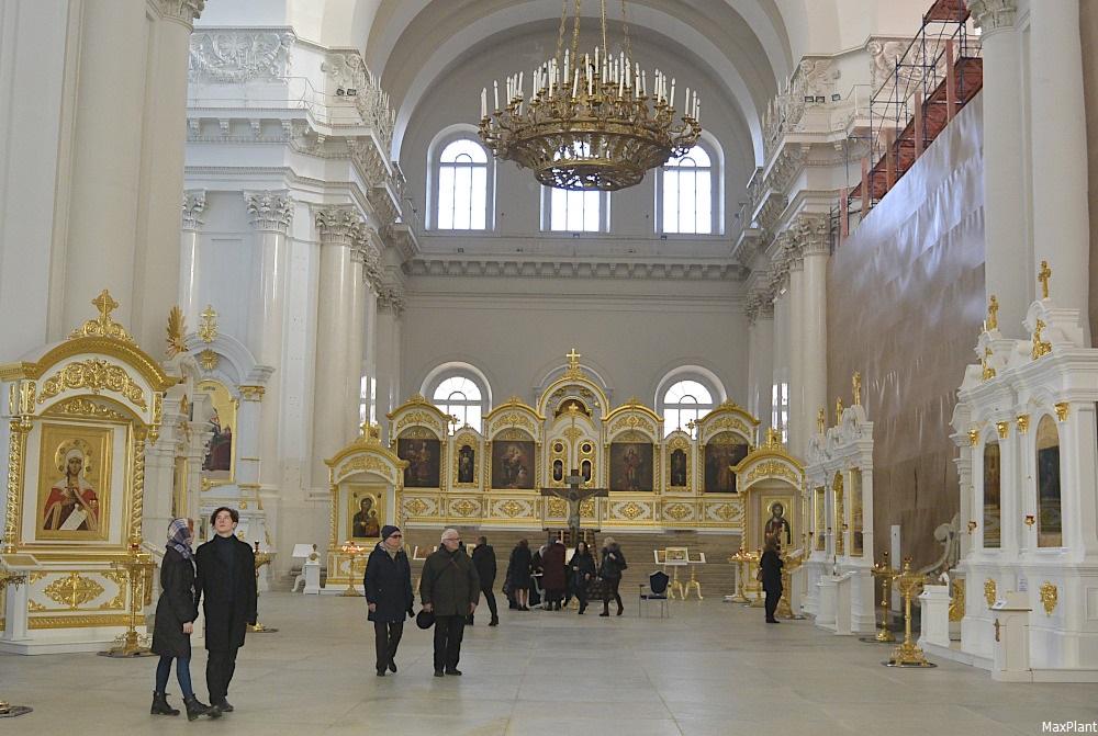 смольный собор фото внутри чувашии